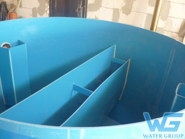 Пластиковый жироуловитель с перегородками