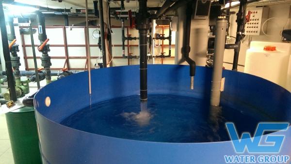 Компенсационная (переливная) емкость из пластика для бассейна