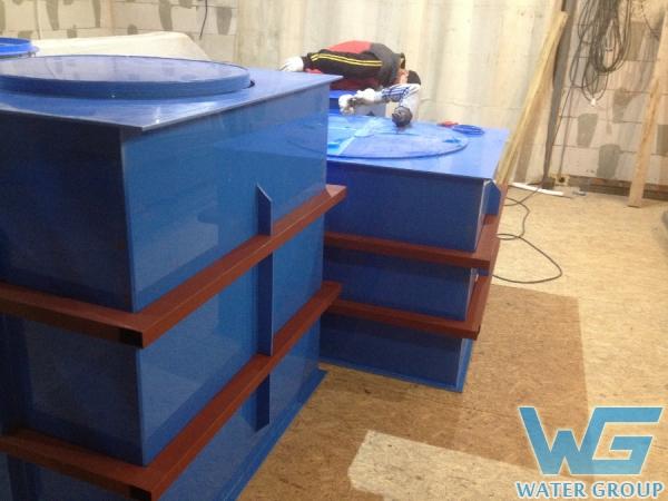 Изготовление пластиковых резервуаров в металлокаркасе